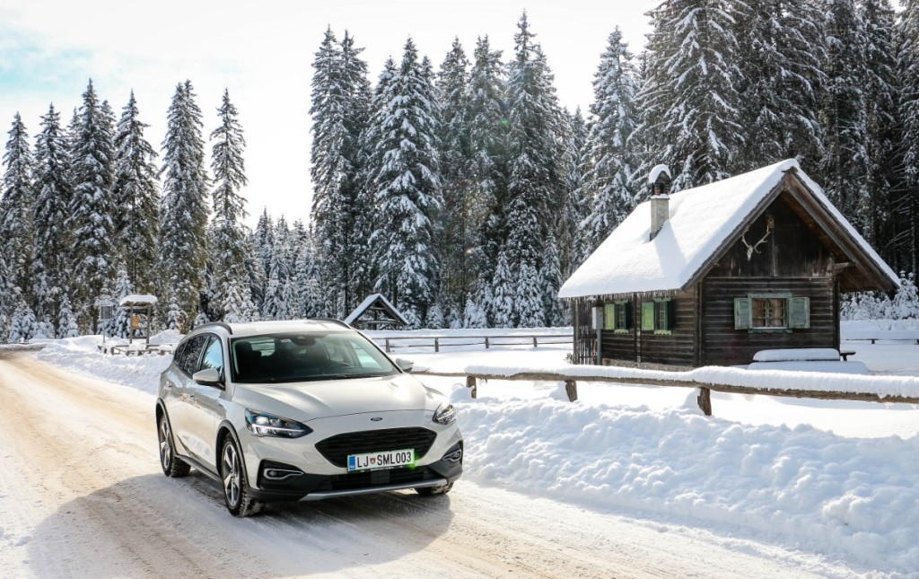 Ford focus active _low_4226