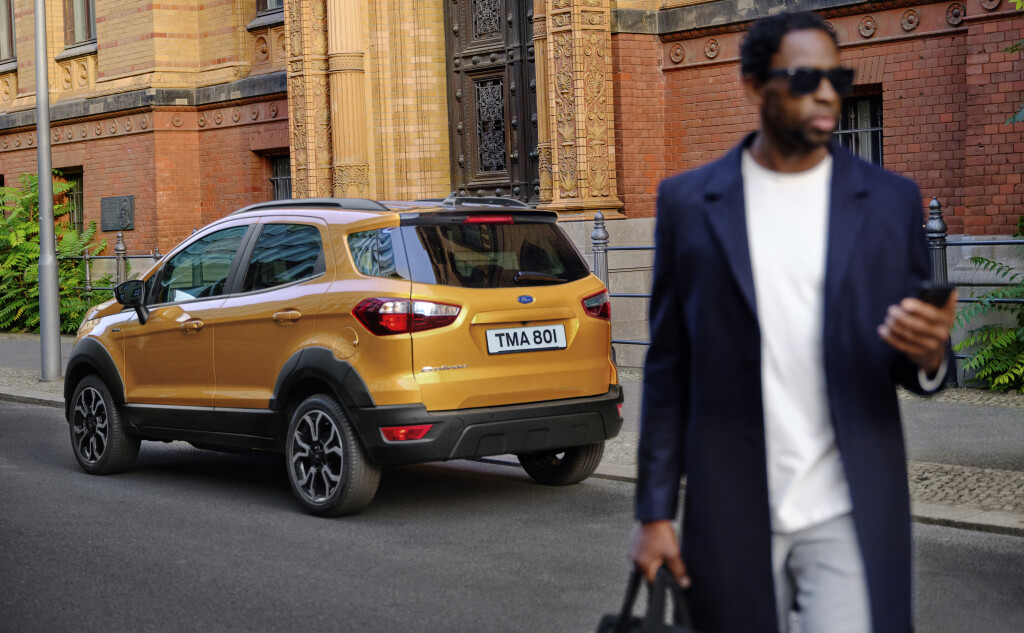2020_FORD_EcoSport_Active_06