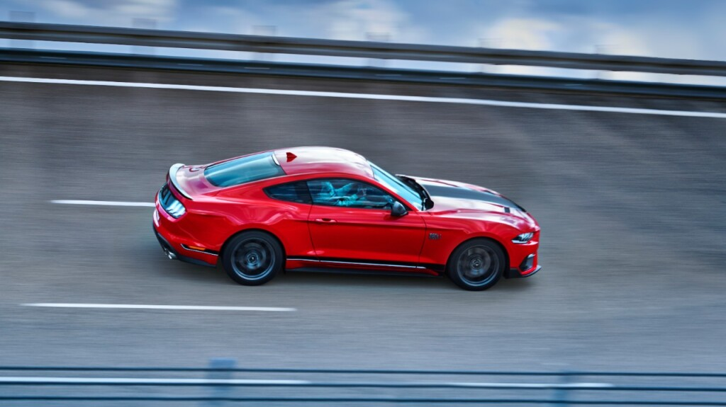 FORD_2021_MUSTANG_MACH-ONE_ACCELERATION_08